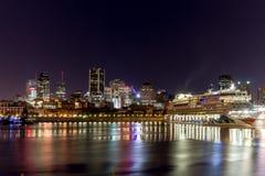 Bateau dans le port de Montréal photo libre de droits