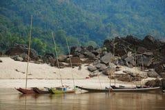 Bateau dans les Laotiens Image stock