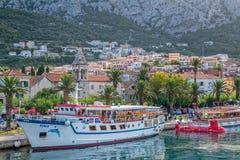 Bateau dans Makarska Images libres de droits