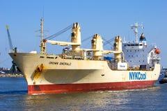 Bateau de cargueur Images stock