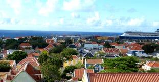 Bateau de croisière en le Curaçao Photographie stock