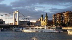 Bateau de croisière de Danube Budapest Image libre de droits