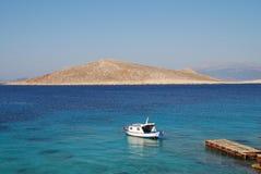 Bateau de Ftenegia, Halki Photos stock