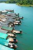 bateau de Long-arrière stationné Images libres de droits