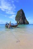 Bateau de LongTail à l'île de Poda Images libres de droits