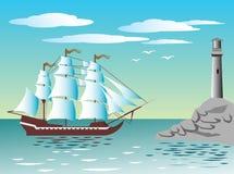 Bateau de navigation au phare Image libre de droits