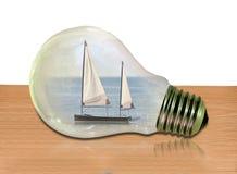 Bateau de navigation de croisière de vacances de bateau de yacht de concept d'ampoule images stock