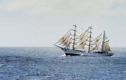 Bateau de navigation traditionnel Photographie stock libre de droits