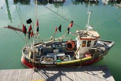 Bateau de pêche à Brighton, le Sussex, Angleterre images libres de droits