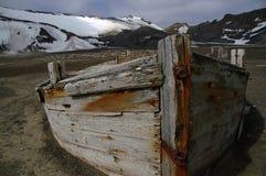 Bateau de pêche à la baleine, île de déception, Antarctique Photographie stock libre de droits