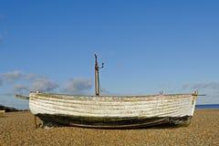 Bateau de pêche abandonné Photo stock