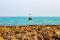Bateau de pêche allant pour la pêche Photos libres de droits