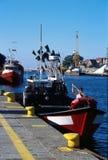 Bateau de pêche dans Kolobrzeg, Pologne Images libres de droits