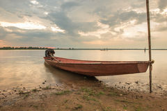Bateau de pêche dans la campagne Photographie stock