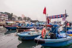 Bateau de pêche dans Tai O, Hong Kong photos libres de droits