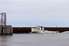 Bateau de pêche de langoustine Photographie stock