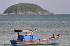 Bateau de pêche du Vietnam Images stock