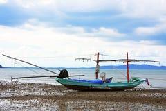 Bateau de pêche en bois Images libres de droits
