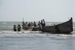 Bateau de pêche en mer Photo libre de droits
