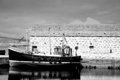 Bateau de pêche et Boathouse Photographie stock