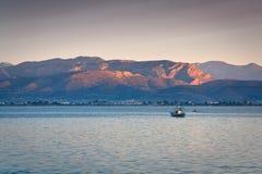 Bateau de pêche, Grèce photographie stock