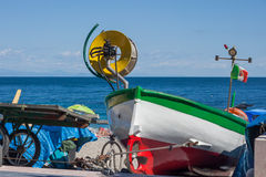 Bateau de pêche italien images libres de droits