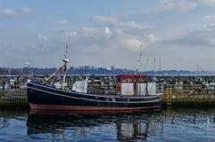 Bateau de pêche de Råå photos libres de droits