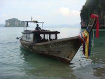 Bateau de pêche thaï Photo stock
