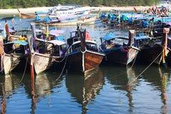 Bateau de pêche thaïlandais de style Photos stock