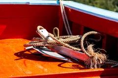Bateau de pêche thaïlandais utilisé comme véhicule pour trouver des poissons Photographie stock libre de droits