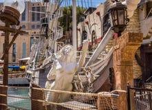 Bateau de pirate d'hôtel et de casino d'île de trésor Photos stock