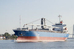 bateau de port de Hambourg de cargaison d'activités photographie stock libre de droits