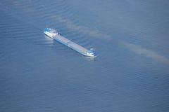 bateau de port de Hambourg de cargaison d'activités Photos libres de droits