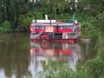 Bateau de rivière de vintage image libre de droits