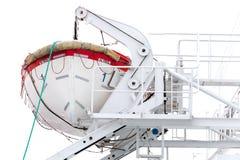 Bateau de sauvetage blanc sur le ferry-boat transportant des passagers Images stock
