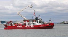 Bateau de sauvetage d'incendie Images stock
