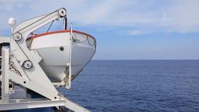 Bateau de sauvetage sur le bateau de croisière images stock