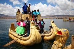Bateau de Totora, Pérou Photographie stock