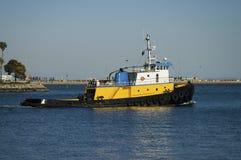Bateau de traction subite d'océan Image libre de droits