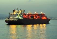 Bateau de transporteur de GNL pour le gaz naturel photos libres de droits
