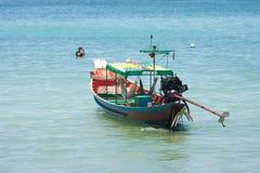 Bateau en mer Thaïlande Photographie stock