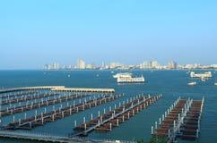Bateau et ferry-boat de vitesse Images libres de droits