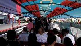 Bateau exprès d'intérieur de passager à Bangkok, Thailandn banque de vidéos