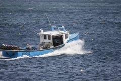 Bateau fonctionnant de homard Photo libre de droits
