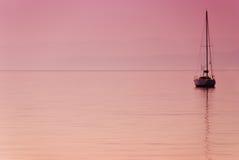 bateau isolé Image stock