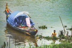 Bateau-maison asiatique Photos libres de droits