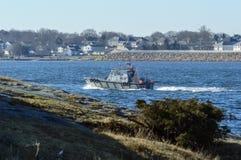 Bateau pilote quittant New Bedford Photo libre de droits