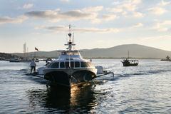 Bateau rapide dans Sozopol, Bulgarie Images stock