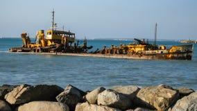 Bateau submergé Images libres de droits