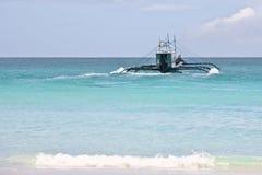 Bateau sur l'océan Images libres de droits